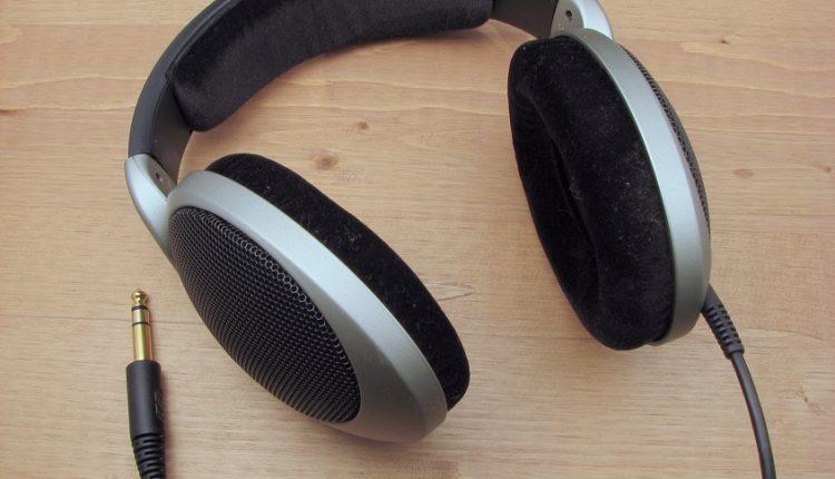 Toshiba Headphones And Earbuds