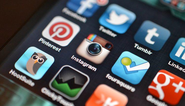 social media003